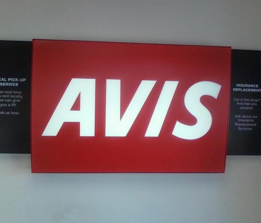 Φωτεινή Επιγραφή Avis